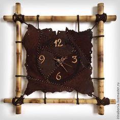 Handmade home clock. Home Clock, Clock Art, Diy Clock, Clock Decor, Leather Diy Crafts, Leather Craft, Leather Wall, Bamboo Crafts, Modern Clock