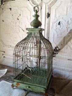 Vintage Bird Cage Wedding Decor | Vintage Wedding Decorations | Bird Cage Weddings
