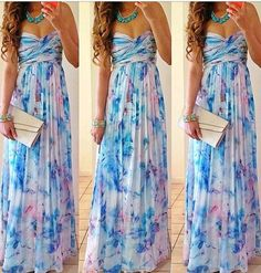 Everything about this dress is perfect! I wish I could find it! I love the bandeau, pleated style and even the print!!