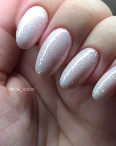 Pastel Nail Design Idea for Easter, Spring, and Summer nails.Easy Pastel Nail Design Idea for Easter, Spring, and Summer nails. 10 Pretty & Amazing Nail Art Trends In 2019 - Nails Design Tutorials Videos Neutral Nails, Nude Nails, Nail Manicure, Pastel Nails, Creative Nail Designs, Creative Nails, Nail Art Designs, Nails Design, Pearl Nails