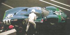 Matra 630 de Pescarolo Servoz Gavin aux 24 Heures du Mans 1968. Problemes de portieres !! .