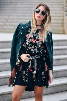 Hippie Chic, Boho Chic, Looks Street Style, Print Chiffon, Mode Outfits, Floral, Style Inspiration, Shirt Dress, Fall 2016