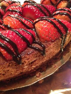 Brownie con fresas y sirope!!!! Espectacular