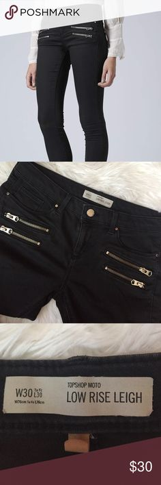 Topshop Moto low rise Leigh black skinny size 30 These are super soft and great jeans!   They are skinny jeans and are a bit tighter in the legs.  (10195B) Topshop Jeans Skinny