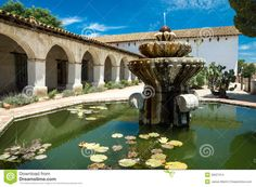 Spanish Founatins | Old Spanish Mission and Fountain
