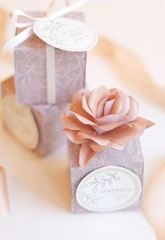 Make these favour boxes at home using a free printable template.