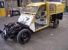 citroen AK350 1968 kaal Burton 2cv, Awesome Beds, Psa Peugeot, Cars And Motorcycles, Transportation, Monster Trucks, Electric, Vans, Vehicles