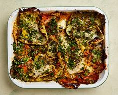 The cheesy roast: Yotam Ottolenghi's herby cabbage and potato bake with gruyère and ricotta. Easy tray bakes for cold winter nourishment. Yotam Ottolenghi, Ottolenghi Recipes, Healthy Recipes, Veggie Recipes, Cooking Recipes, Cooking Bread, Cooking Wine, Cooking Utensils, Otto Lenghi