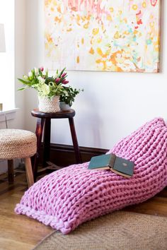 Find this arm knit pillow pattern, Lazy Days, in the latest issue of Mollie Makes magazine. Make this gorgeous lounger pillow in a matter of hours!