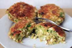 Świetna alternatywa dla kotleta mielonego! Składniki 8 ugotowanych jajek 2 surowe jajka 1 brokuł (ok 500g) 2 łyżki gałki muszkatoł...