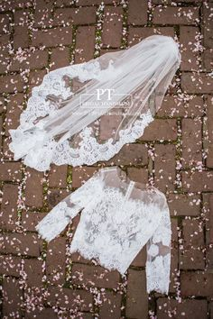 Fingertip Lace Veil Lace wedding veil by PTBridalHandMade on Etsy