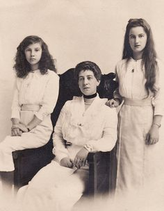 Grand Duchess George Mikhailovitch (nee Princess Marie of Greece) and her daughters Princess Xenia (left) and Nina (right). Xenia eventually married and moved to Oyster Bay NY. She brought Anna Anderson who claimed to be the Grand Duchess Anastasia to America in 1928 and recognized her as her cousin her sister Nina did not hold the same belief in Anderson.