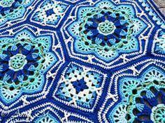 Resultado de imagem para blanket crochet blue and white like tiles