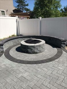 This Cambridge Pavingstones with ArmorTec fire pit is perfect for summer nights. Installation: Jesco Brick Concrete Patios, Brick Patios, Fire Pit Seating, Fire Pit Backyard, Paver Fire Pit, Seating Areas, Brick Fire Pits, Concrete Fire Pits, Backyard Patio Designs