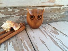 Retro carved owl myrtlewood owl from Oregon by happydayantiques, $12.00