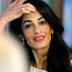 Amal and George Clooney at Prince's Trust dinner at Buckingham Palace – Amal Clooney Style George Clooney, Amal Clooney Wedding, Human Rights Lawyer, Barbara Walters, Elle Mexico, Hollywood Music, Celebrity Engagement Rings, Provocateur, Anna Wintour