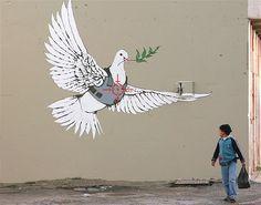 Some very cool street art created by the London graffiti artist Banksy. Banksy Graffiti, Street Art Banksy, Banksy Work, New York Graffiti, Graffiti Artwork, Bansky, Graffiti Wallpaper, Graffiti Lettering, Famous Graffiti Artists
