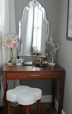 The Lovely Cupboard: Master Bedroom in Progress