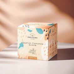 Free O'clock on Packaging of the World - Creative Package Design Gallery Branding that The Indie Practice love! Craft Packaging, Food Packaging Design, Coffee Packaging, Pretty Packaging, Packaging Design Inspiration, Beauty Packaging, Packaging Boxes, Chocolate Packaging, Bottle Packaging