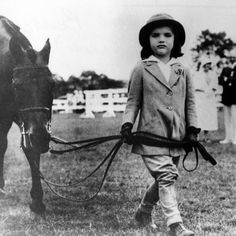 Jacqueline Bouvier--Age with Her Pony at a Southampton Horse Show, 1933 People Of Interest, Jackie Kennedy, My Horse, Southampton, Show Horses, Jfk, Vintage Photos, Equestrian, Pony