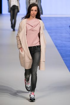 Lukasz Jemiol, Ready-to-wear Fall/Winter 2015 [Fashion Philosophy Fashion Week Lodz, Poland]
