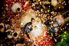 Petalos de Rosas a la salida de la Iglesia Blog, Painting, Wedding Ideas, Art, Pink Petals, Roses, Art Background, Painting Art, Kunst
