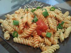 Pasta with marinara and chopped green onion