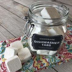 easy-to-make homemade natural dishwasher detergent tabs and they REALLY WORK! Cleans stuck-on food, gets silverware shiny, & glasses sparkling! DIY essential oil recipe for dishwasher detergent tabs. Dishwasher Tabs, Cleaning Your Dishwasher, Dishwasher Detergent, Laundry Detergent, Cleaning Recipes, Cleaning Tips, Cleaning Supplies, Cleaning Solutions, Natural Cleaning Products