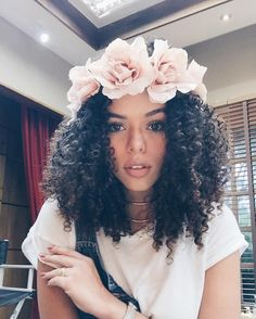 Curly Lace Front Wig Lace Front Human Hair Wigs For Black Brazilian Remy Hair Short Curly Bob Wigs. Natural Hair Inspiration, Natural Hair Tips, Natural Curls, Natural Hair Styles, Curly Bob Wigs, Curly Lace Front Wigs, Big Chop, Tips Belleza, Remy Hair