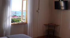 Das Hansa Haus Guesthouse bietet kostenfreies WLAN und einen Grill in Lüderitz.