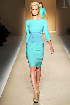 Turquoise n gold !!!! Why do I never find dresses like THIS anywhere