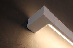 Bathroom - Deltalight lighting on Beton-Ciré wall (by FOAM architecten)