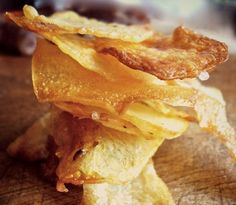 Chips in the oven - greek recipe Greek Desserts, Greek Recipes, Snack Recipes, Cooking Recipes, Snacks, Potato Recipes, Healthy Recipes, Crispy Chips, Greek Cooking