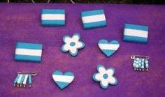 """Mas #escarapelas para el """"día de la bandera"""" estas se realizan con #porcelanafría."""