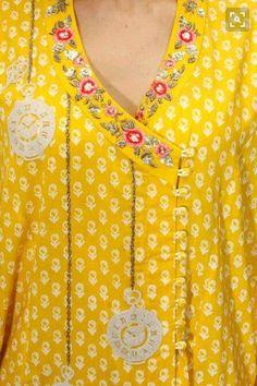 Anju Modi presents Yellow floral embroidered angrakha kurta and palazzos set available only at Pernia's Pop Up Shop. Neck Designs For Suits, Neckline Designs, Dress Neck Designs, Blouse Designs, Salwar Kameez, Kurta Patterns, Kurta Neck Design, Kurti Neck, Kurta Designs Women