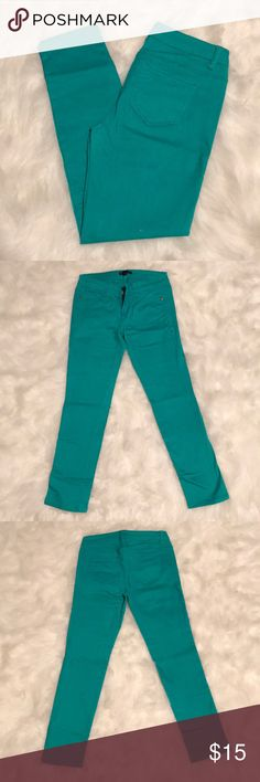 Fire Los Angeles turquoise skinny crop jean Fire Los Angeles turquoise skinny cropped jean, size 3. Worn less than 5x. Like-new condition from pet-free, smoke-free home. Fire Los Angeles Jeans Ankle & Cropped