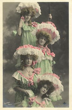 the ladies... circa 1909
