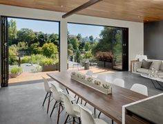 Modern midcentury residence located in Oakland, California, designed by Knock Architecture and Design.