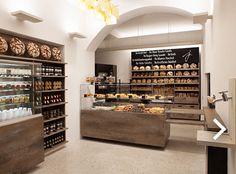 Joseph - Brot vom Pheinsten Naglergasse 9, 1010 Wien  Montag bis Freitag 07:00 Uhr bis 19:00 Uhr  Samstag 08:00 Uhr bis 18:00 Uhr