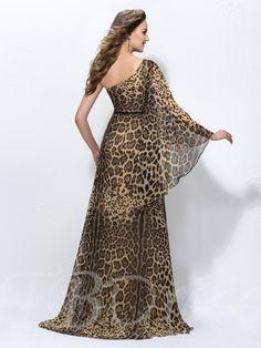 Charming Leopard-print One-Shoulder Long Sleeve Sweep Train Floor-Length Evening Dress 4 Leopard Fashion, Animal Print Fashion, Fashion Prints, Vestidos Animal Print, Animal Print Maxi Dresses, Long Plaid Skirt, Wedding Dresses Men Indian, Casual Fashion Trends, Formal Evening Dresses