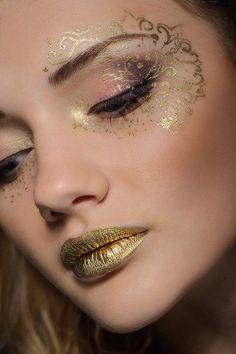 Pin by samantha spillane on make-up eye make up, airbrush makeup, fairy mak Gold Makeup, Makeup Art, Makeup Tips, Beauty Makeup, Makeup Ideas, Makeup Basics, Cat Makeup, Clown Makeup, Make Up Gold