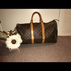 Authentic LV monogram 50 keepall Pre loved luggage bag perfect for traveling and on the go. Has some pantina and scruffs on leather, zipper and inside in good condition. Ready for a new home and new adventures.      W 20.3 × H 11.0 × D 8.7                                                                      ‼️CHEAPER ASK HOW‼️                                                               ❥ ❥ WILL ACCEPT PAYMENTS ❥ ❥ Louis Vuitton Bags Travel Bags