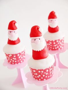Christmas Party: DIY Santa Fondant Cupcake Toppers