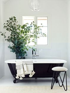 Before & After: A Must-See Bathroom Makeover | DomaineHome.com