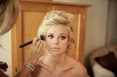 Her makeup is stunning - lots of pics to browse. The soft feeling of the pictures is JUST what I'm looking for!