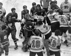 The Broad Street Bullies, Philadelphia Flyers a terrible era in Hockey shitheads who couldn't even skate properly whose only skill was hooliganism Hockey Rules, Flyers Hockey, Hockey Teams, Hockey Players, Ice Hockey, Hockey Stuff, Sports Teams, Flyers Players, Stars Hockey