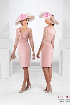 In Latino communities a quinceanera is really a re… Mother Of Bride Outfits, Mother Of Groom Dresses, Mother Of The Bride, Single Women, The Dress, Formal Dresses, Wedding Dresses, Marie, Fashion Dresses