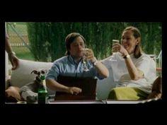 """Videoclip  et chanson du film:""""Yo, también"""" de ÁLVARO PASTOR & ANTONIO NAHARRO.  Chanson interprétée par Guille Milkyway, de La Casa Azul. Les paroles de la chanson: http://www.dicelacancion.com/letra-yo-tambien-la-casa-azul Synopsis: Daniel, un trisomique de 34 ans, se lie avec une de ses collègues de travail, Laura."""