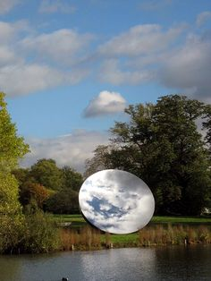 Anish Kapoor, Sky Mirror