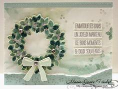A La Pause: Magnifique Couronne avec Bordering Blooms with Wondrous Wreath